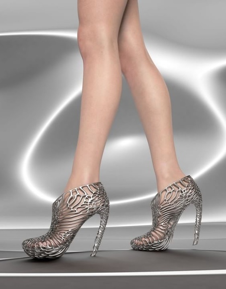 Ica and Kostika 3D Printed Mycelium Shoes