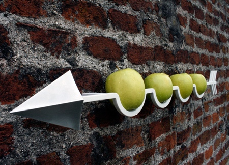 Apple Arrow Shelf