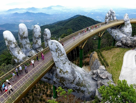 Giant Hands Bridge in Vietnam