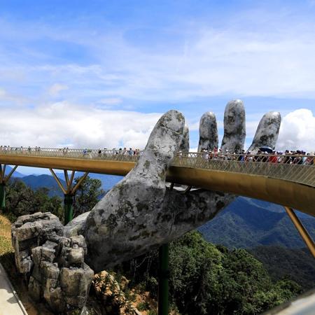 Cau Vang Golden Bridge
