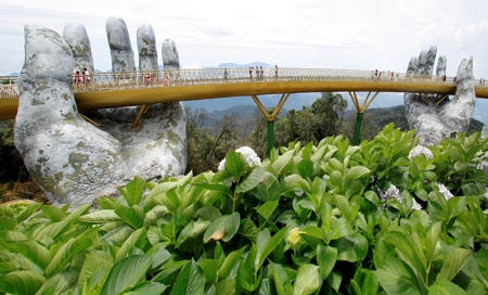 Cau Vang Gold Bridge