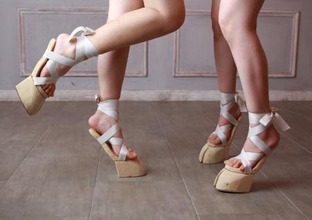 Japanese Hoof Sandals