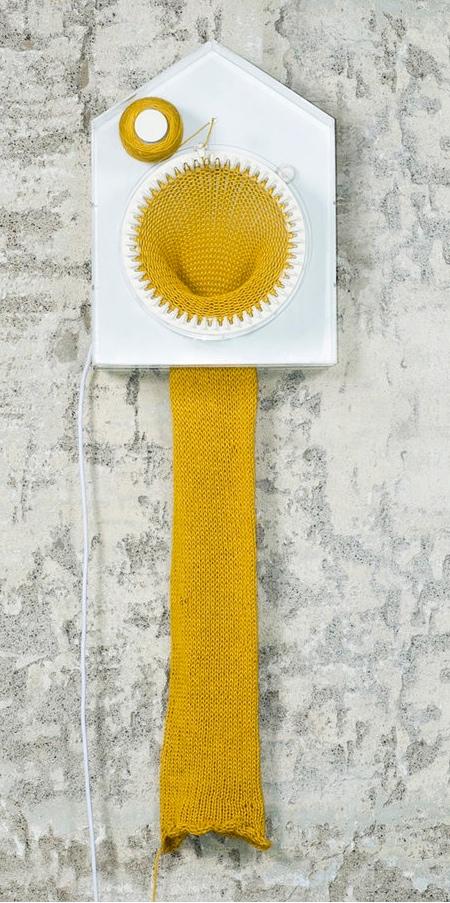 365 Knitting Clock