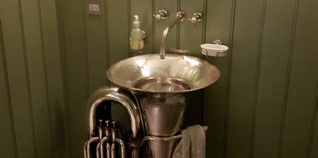 Tuba Sink