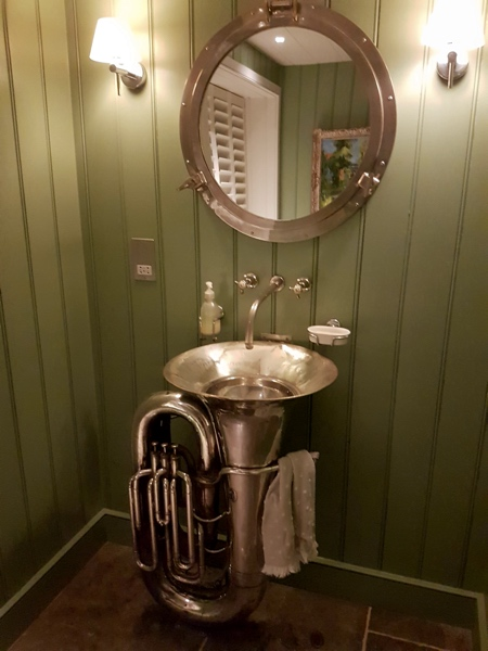 Tuba Bathroom Sink