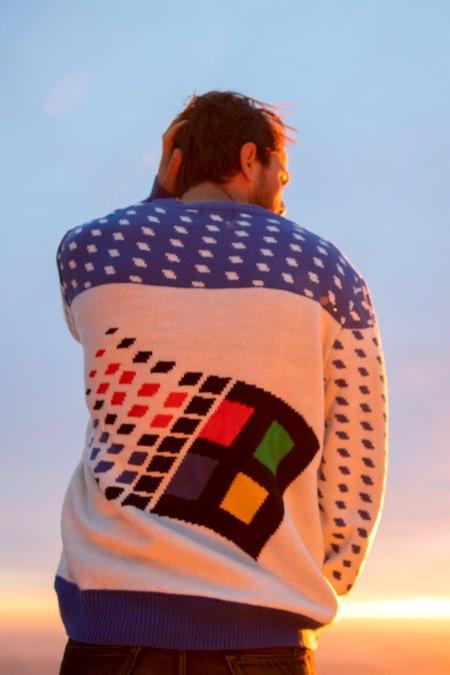 Microsoft Windows 95 Sweater