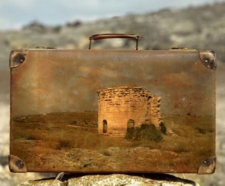 Yuval Yairi Suitcase