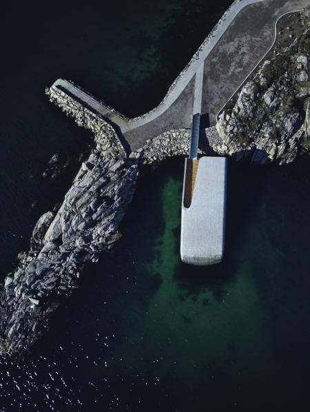 Europes First Underwater Restaurant