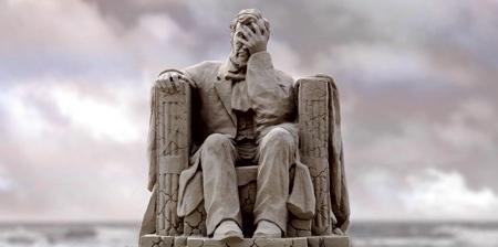 Abraham Lincoln Sand Sculpture