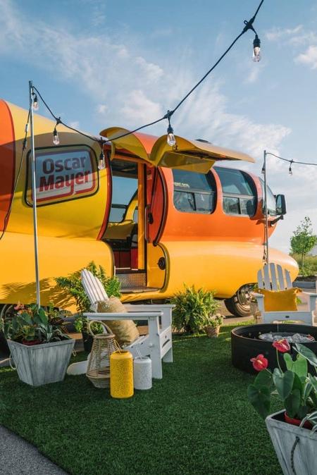 Wienermobile Hotel