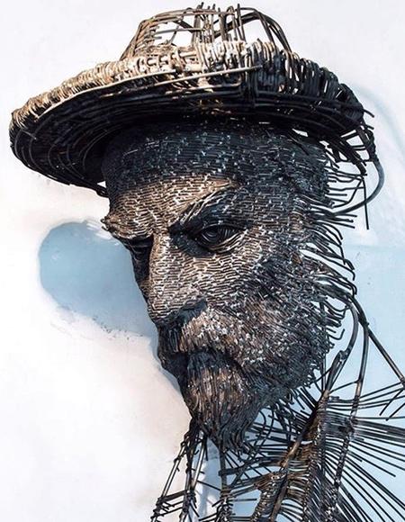 3D Wire Face Sculpture