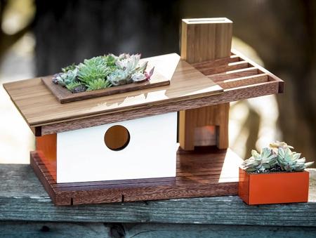 Sourgrassbuilt Birdhouse