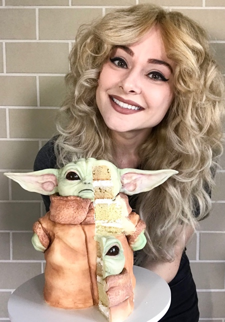 Mandalorian Baby Yoda Cake