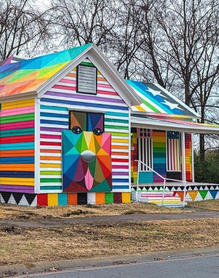 Okuda San Miguel Rainbow Embassy