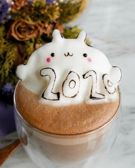 Daphne Tan Latte Coffee Art