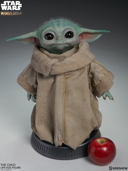 Mandalorian Baby Yoda Figure