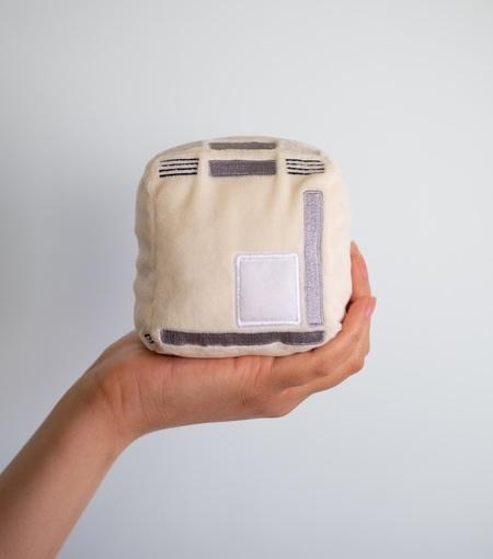Mac Pocket Pillow