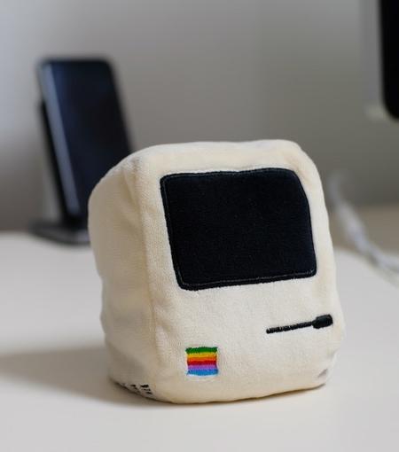 Throwboy Apple Mac Pocket Pillows