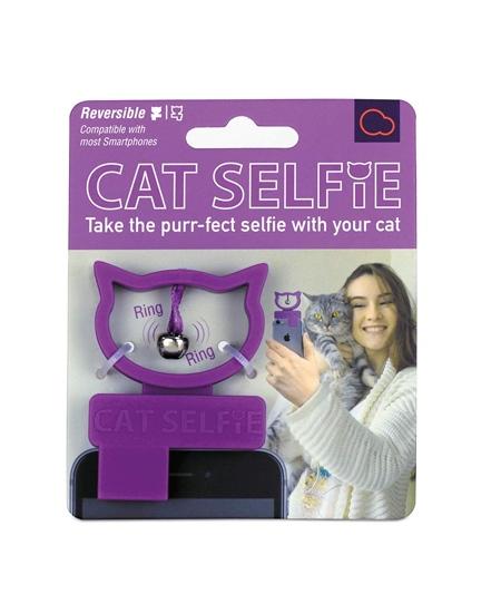 Bubblegum Stuff Cat Selfie