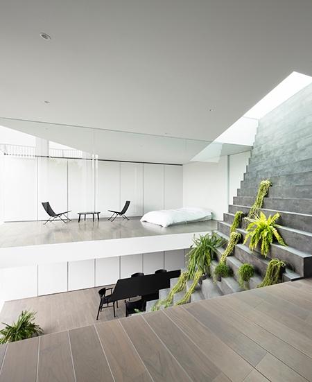 Stairway House in Tokyo
