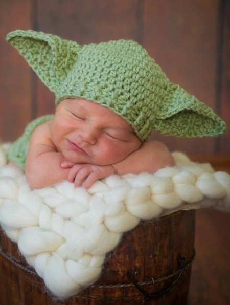 Mandalorian Baby Yoda Hat