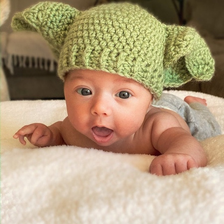 Crocheted Baby Yoda Hat