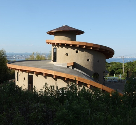 Spiral Garden House in Japan
