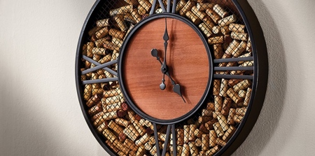 Wine Cork Storage Clock
