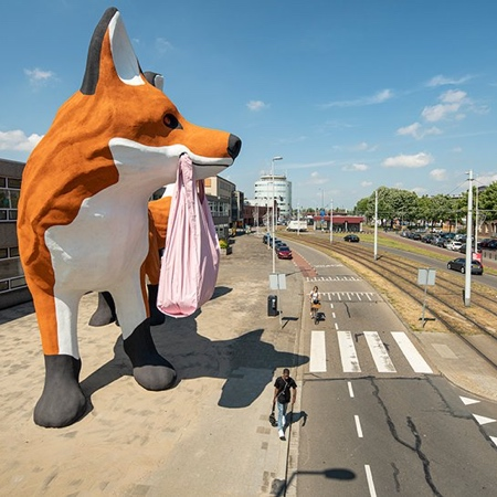 Florentijn Hofman Giant Fox