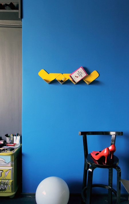 Arthur Analts Wow Shelf