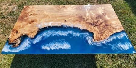 Coastline Table