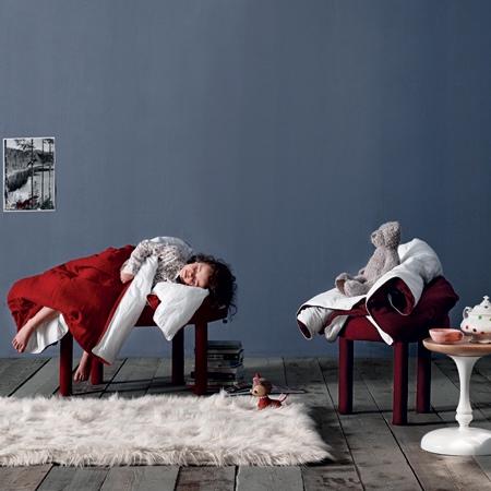 Les M Blanket Footrest Chair