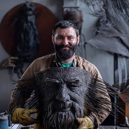 Darius Hulea 3D Wire Sculptures