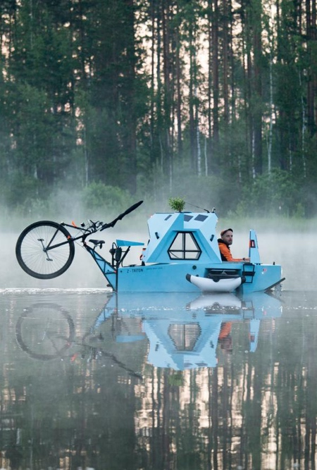 Amphibious Tricycle