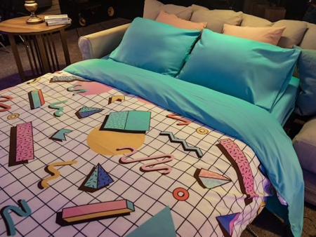 BLOCKBUSTER Store Airbnb
