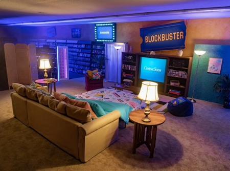 BLOCKBUSTER Hotel Room