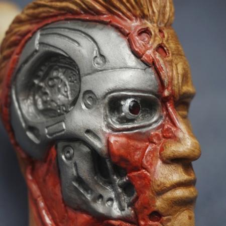 Terminator Schwarzenegger Pipe