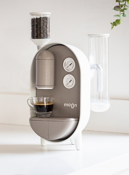 Roee Ben Yehuda Moon Coffee Machine