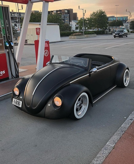1961 Volkswagen Beetle Deluxe Roadster