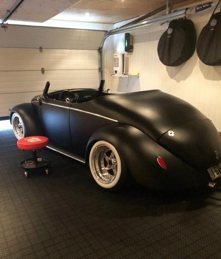 Matte Black VW Beetle Roadster