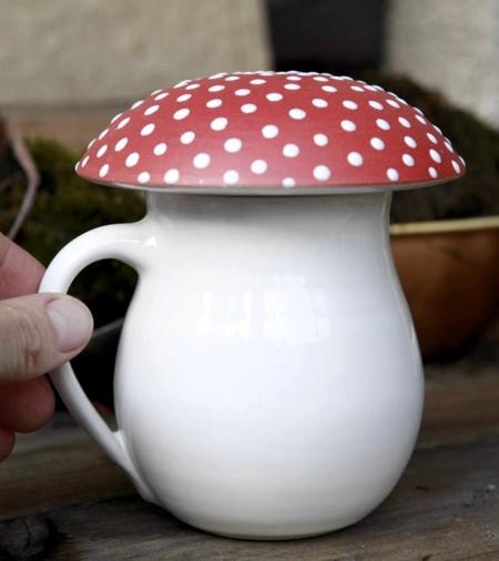 Vanda Valerie Mushroom Mug