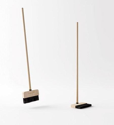 Poh Liang Hock Standing Broom