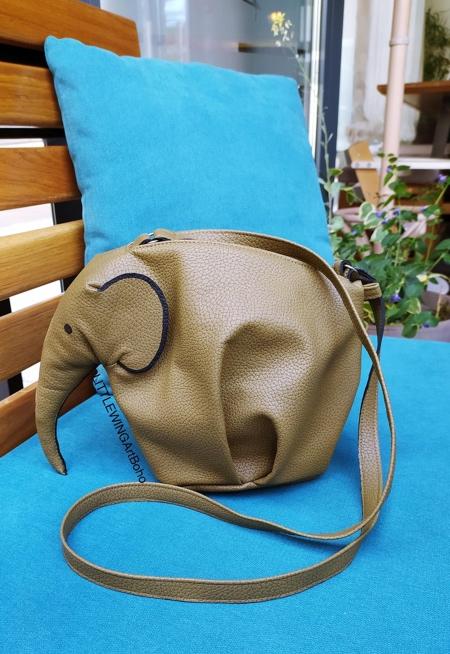 Realistic Elephant Bag
