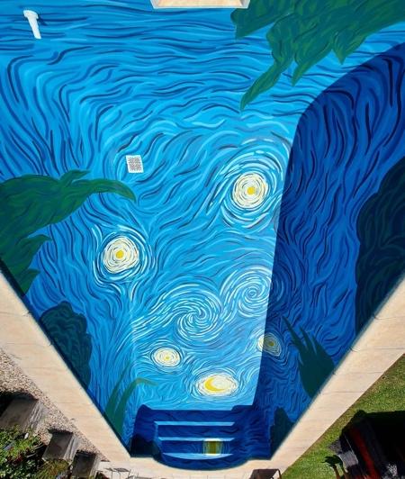 Vincent Van Gogh Pool