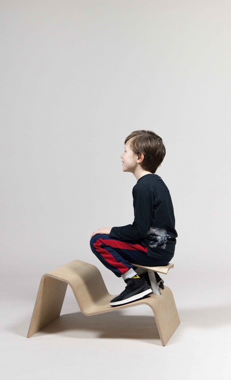 Studio Lancelot Active Classroom Chair