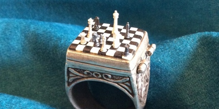 Miniature Chess Ring