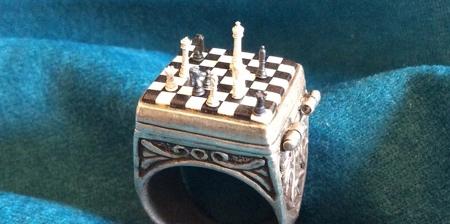 Miniature Chess Ring