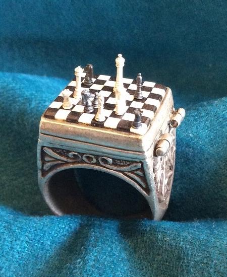 Miniature Chess Set Ring