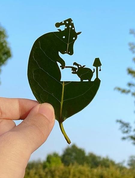 Cutout Leaf
