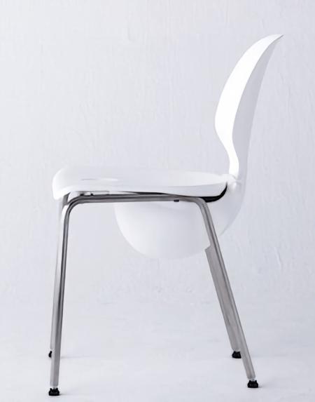 Mamoris Chair